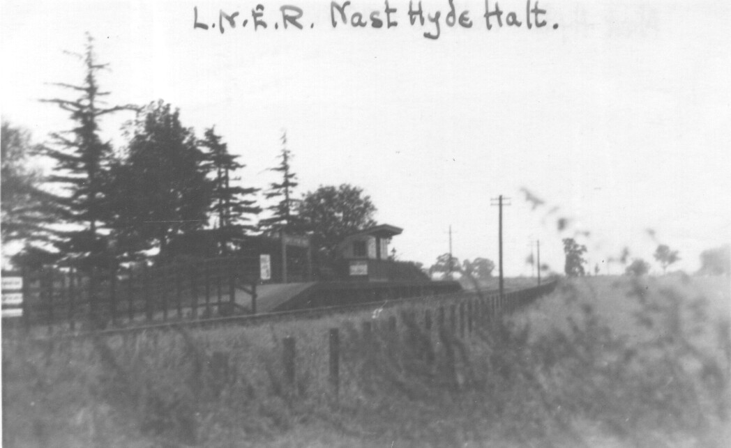 Nast Hyde Halt and Ellenbrook Level Crossing 001