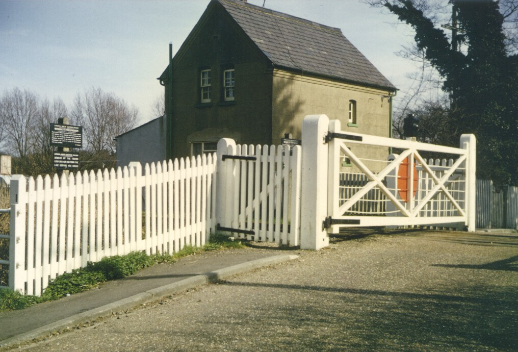 Nast Hyde Halt and Ellenbrook Level Crossing 029