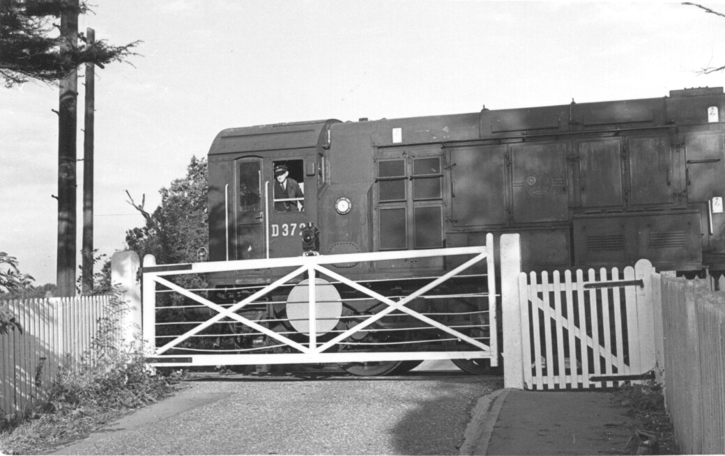 Nast Hyde Halt and Ellenbrook Level Crossing 033
