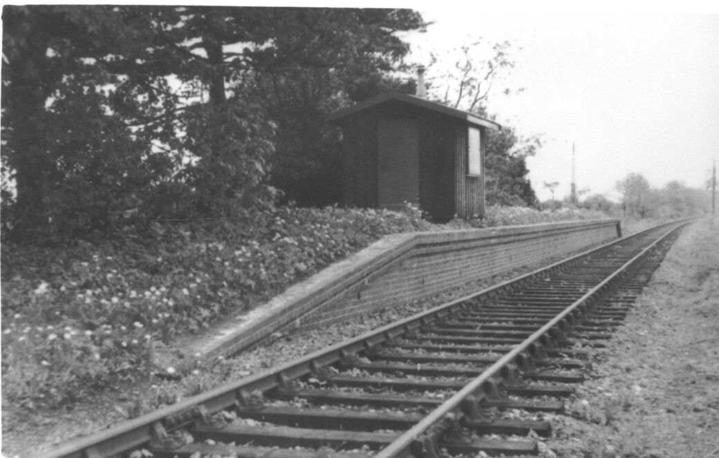 Nast Hyde Halt and Ellenbrook Level Crossing 045