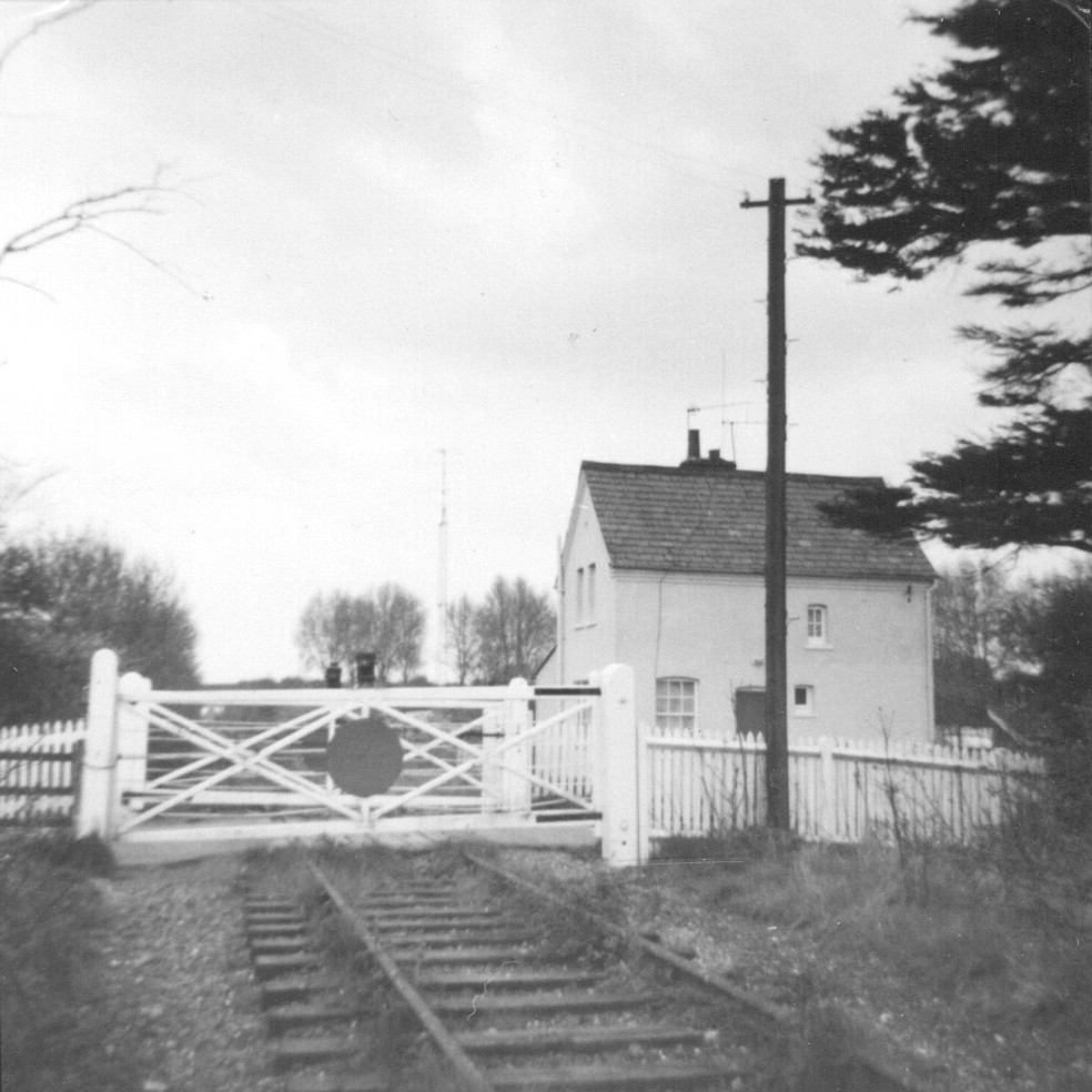 Nast Hyde Halt and Ellenbrook Level Crossing 015